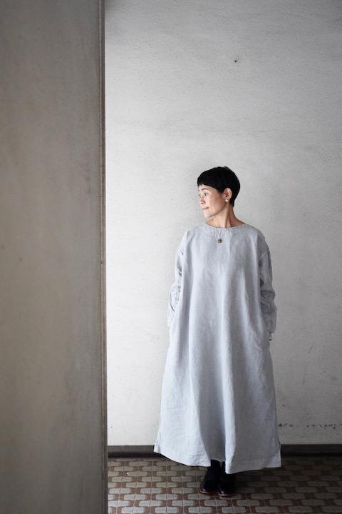 "TOKIHO  ""SOLO-V-LS""ロングスリーブワンピース(Sumi light gray)"