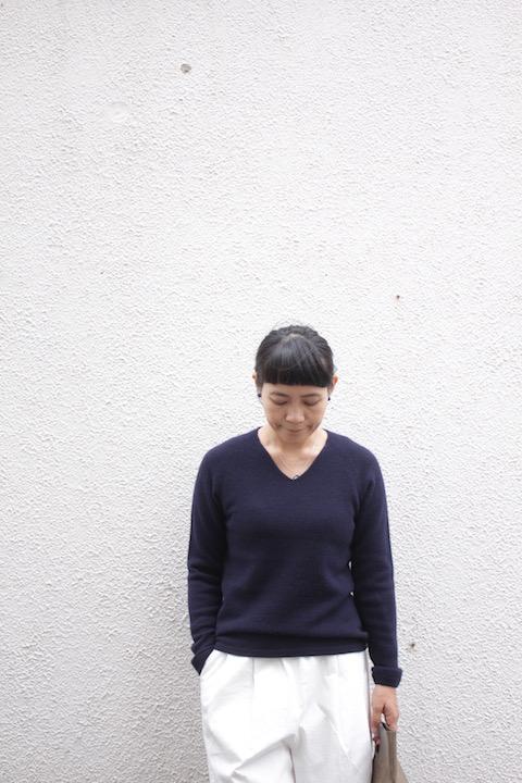 "Itoi collection by YURI PARK""NAZUNA"" カシミアVネックセーター"