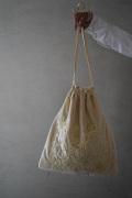 khadi and co 刺繍VELVET BAG
