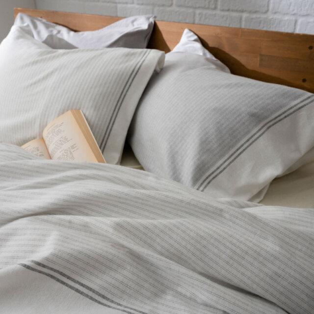 レヴィ 枕カバー