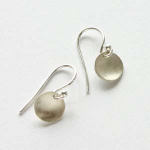 adina reyter/tiny disc earrings/Silver