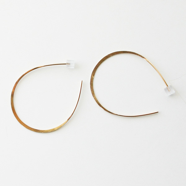 【40%OFF】 MELISSA JOY MANNING/large horse shoe hoops