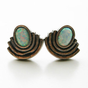 The2BANDITS/Moonlight Studs Silver, Simulated Opal