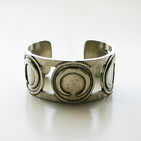 The2BANDITS/Harvest Moon Cuff Antique Silver
