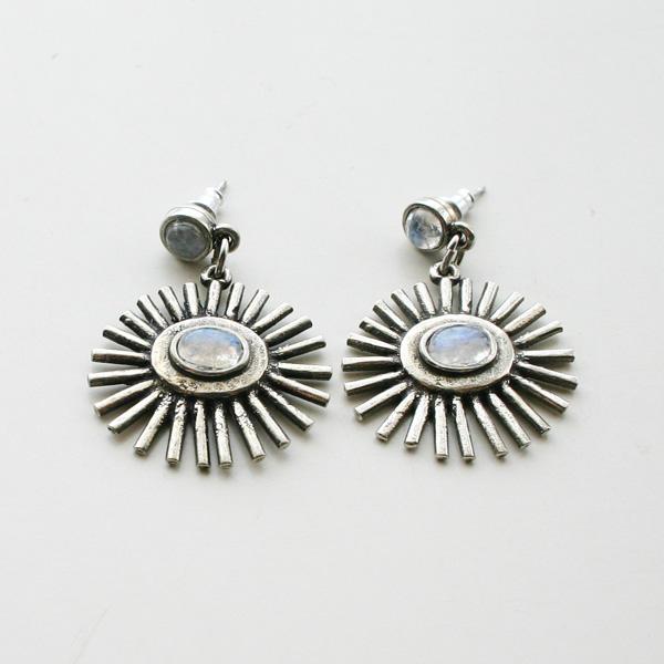 The2BANDITS/Sunrise Earrings Silver Moonstone
