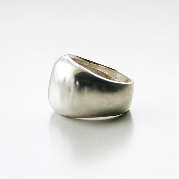 IRIS47/Calm Ring in Silver