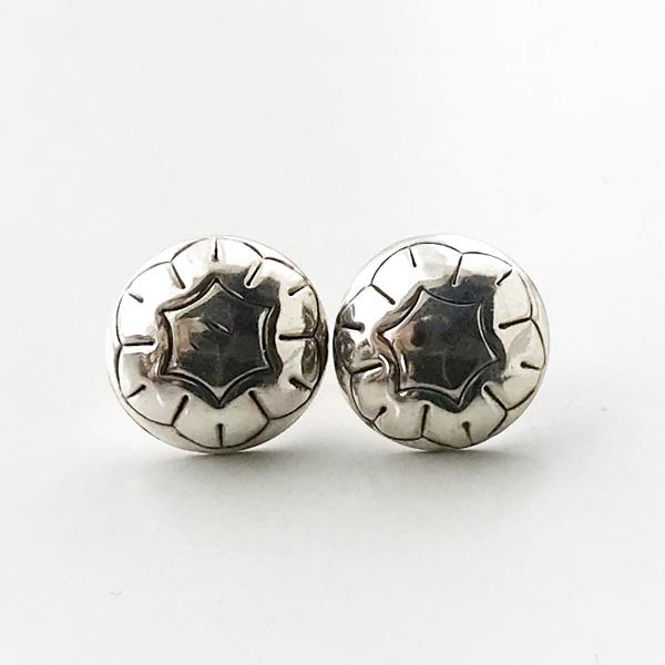 【再入荷】 HARPO/BO04 Mini Concho Earrings in Silver