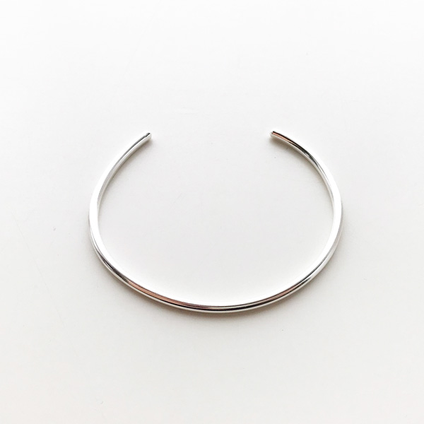 ANOTHER FEATHER/THIN PACE CUFF in STERLING SILVER