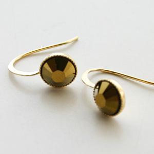 5 OCTOBRE/Boucle dOreille 5 MM-crystal dorado