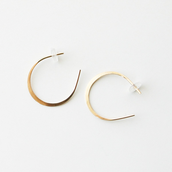 MELISSA JOY MANNING/small horse shoe hoops