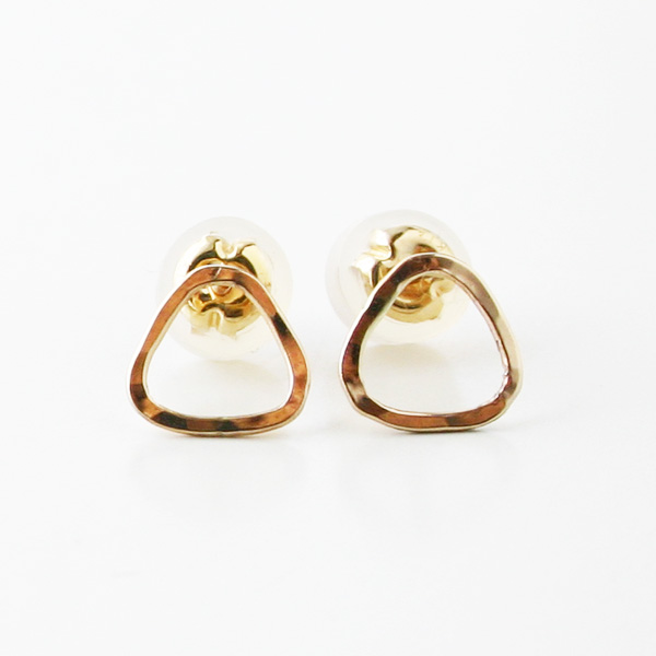 MELISSA JOY MANNING/triangle mini post earring