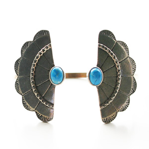 The2BANDITS/Concho Wing Cuff Silver, Howlite Turquoise