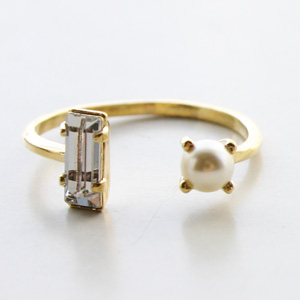 BING BANG NYC/FW15R08y Open Pearl Baguette Ring