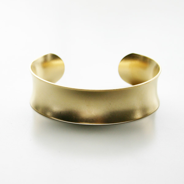 a.v.max/concave cuff X=single cuff 22K matte gold plated brass