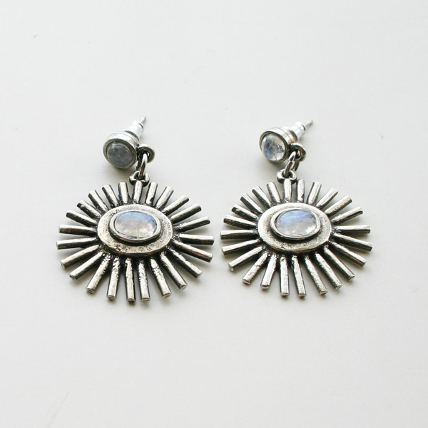 The2BANDITS/Sunrise Earrings Silver Moonstone