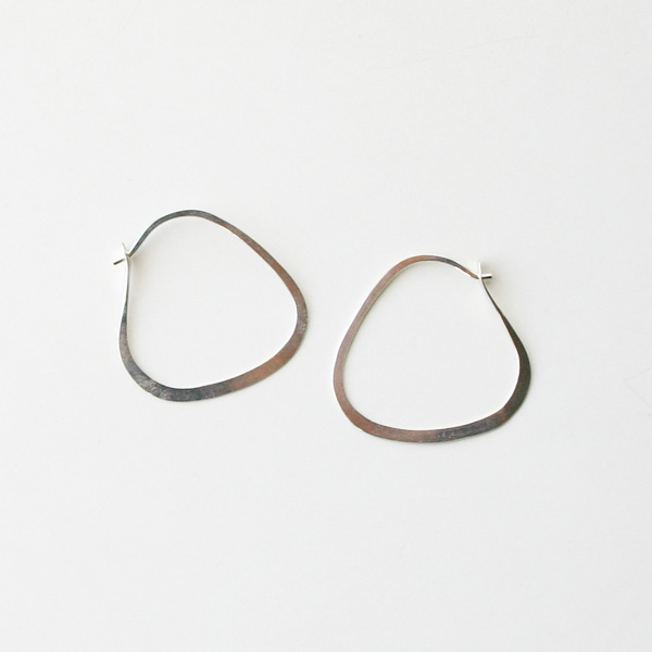 【再入荷】 MELISSA JOY MANNING/Small Triangle Hoop