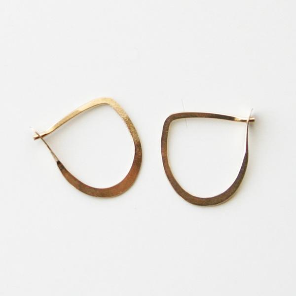 MELISSA JOY MANNING/small half round hoops