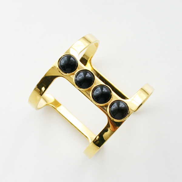Lizzie Fortunato Jewels/Pebble TBar Cuff/Onyx