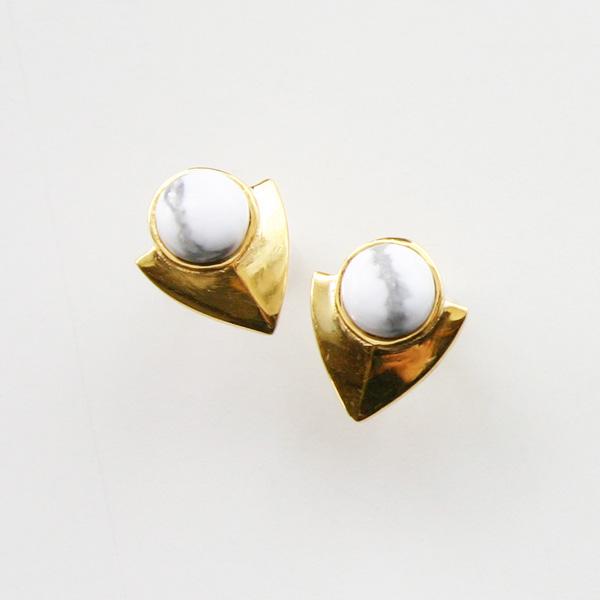 【12/28まで!80%OFF】  Lizzie Fortunato Jewels/Pre-Columbian Earrings in Howlite