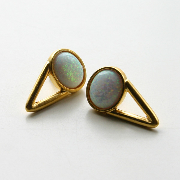 The2BANDITS/The Wall Earrings 22K gold plated, simulated opal
