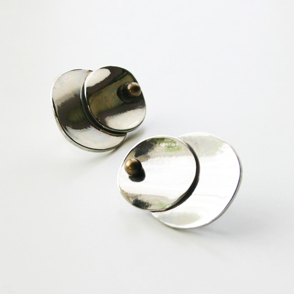 IRIS47/Petal Earring in Silver