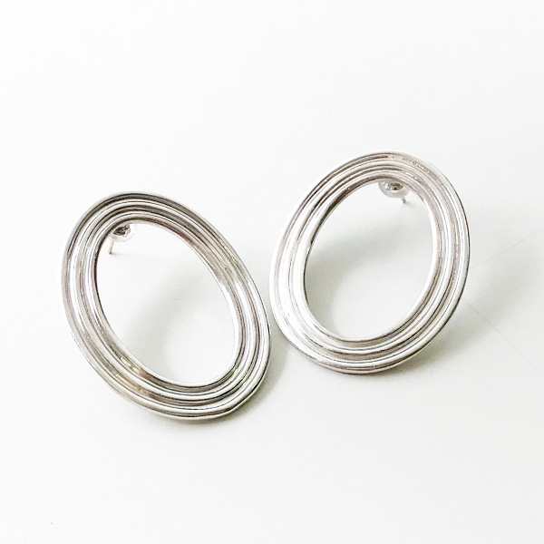 IRIS47/toric pierce in Silver