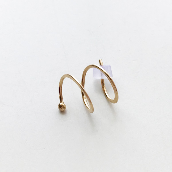 【30%OFF】 MELISSA JOY MANNING/14 karat yellow gold double hug earring. Right