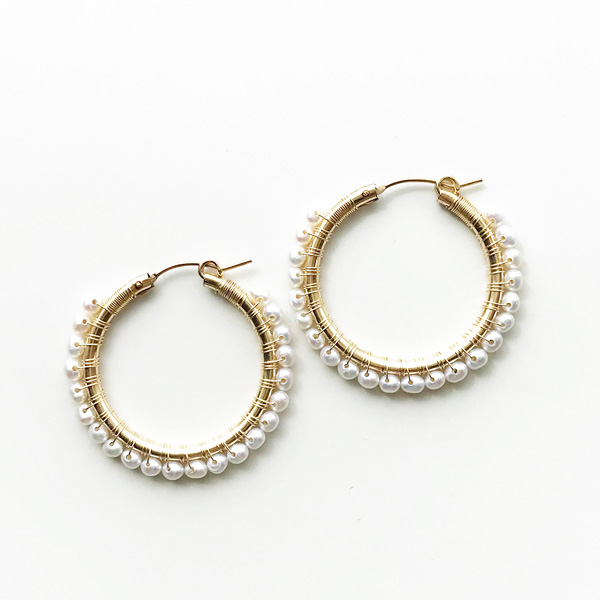"viv&ingrid/1.25""14K gold filled endless hoop wrapped w/white pearl MEDIUM"