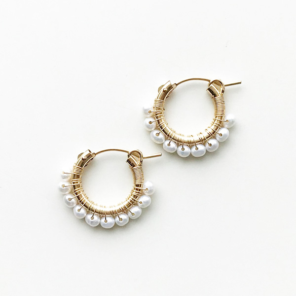 viv&ingrid/.75'' 14k gold-filled hoop wrapped w/white pearl. SMALL