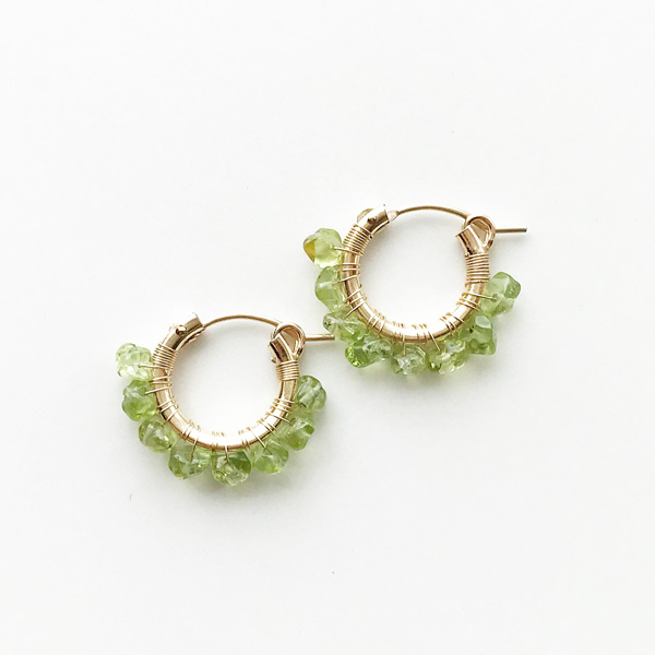 viv&ingrid/.75'' 14k gold fill hoops hand-wrapped with semiprecious Peridot chip stones. SMALL