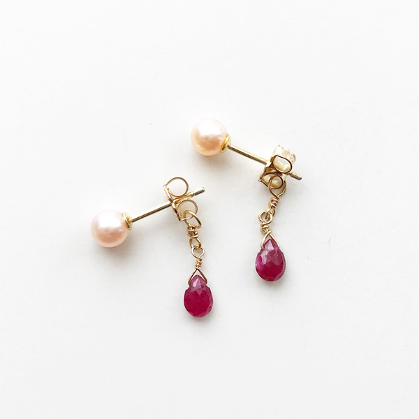 viv&ingrid/Double Chain Earrings/Top Pearl/ Ruby (Gold)