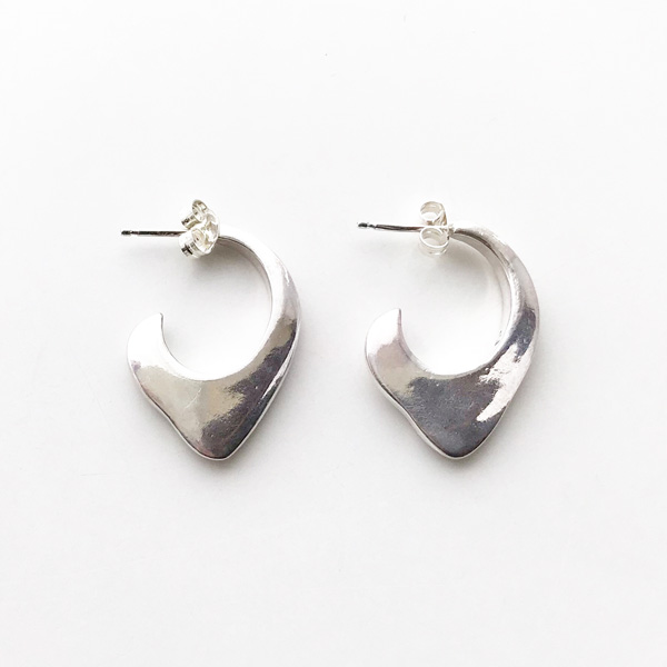 ANOTHER FEATHER/FIN HOOPS