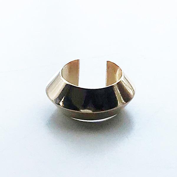 【再入荷】 Saskia Diez/PYRAMID Brass Warm Gold-Plated