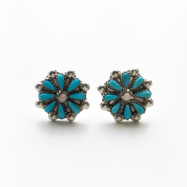 【再入荷】 HARPO/BO5 Small Flower Post Earrings in Turquoise