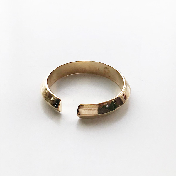 Saskia Diez/Pyramide Earcuff No3 Brass Warm Gold goldplated brass.No3
