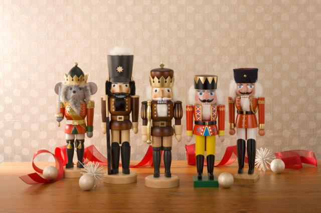 金の王様 くるみ割り人形