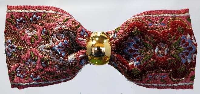 古典柄のフランス製リボンで作った小ぶりのヘアバレッタです・ファミーユオリジナル