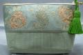 ミントグリーンのバラのフランスリボンで作ったポーチです