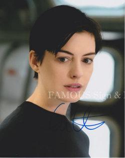 【直筆サイン入り写真】 アンハサウェイ (インターステラー/Anne Hathaway) 映画グッズ/オートグラフ