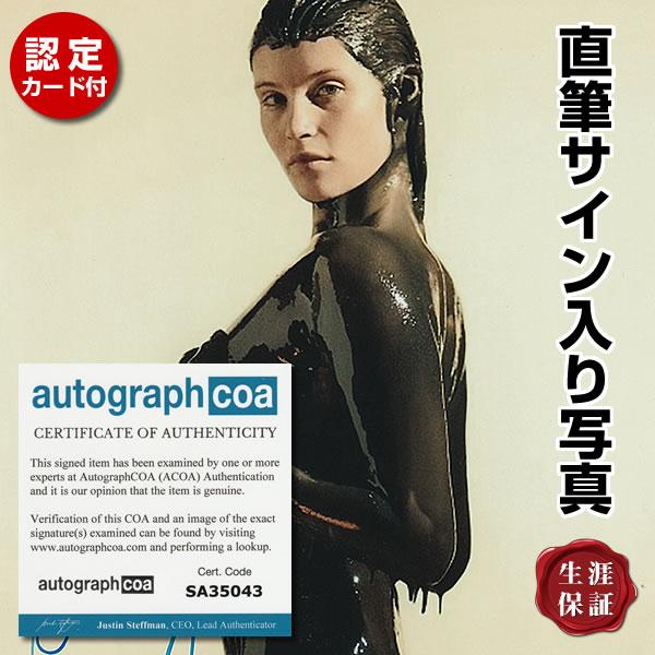【直筆サイン入り写真】 007 慰めの報酬 映画シリーズ グッズ ジェマアータートン 全身オイル Gemma Arterton オートグラフ フレーム別 /ACOA認定済