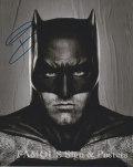 【直筆サイン入り写真】ベン・アフレック (バットマン vs スーパーマン ジャスティスの誕生/Ben Affleck) [映画グッズ/オートグラフ]