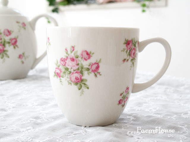 マリアンヌ マグカップ
