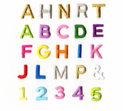 【2cm】アルファベット数字のカラー刺繍ワッペン【ゴシック体】