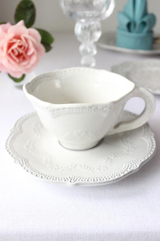 La Ceramica(ラ・セラミカ)|クリーム レースカップ&ソーサー
