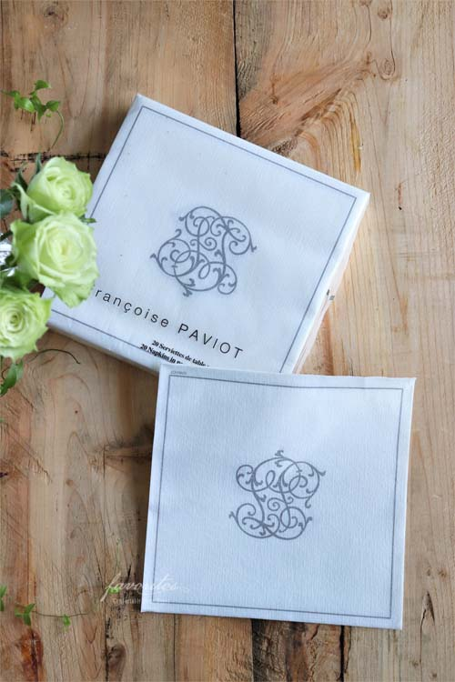 Francoise PAVIOT (フランソワーズ・パビオ)   ペーパーナプキン CHIFFRE(シルバー/ゴールド)