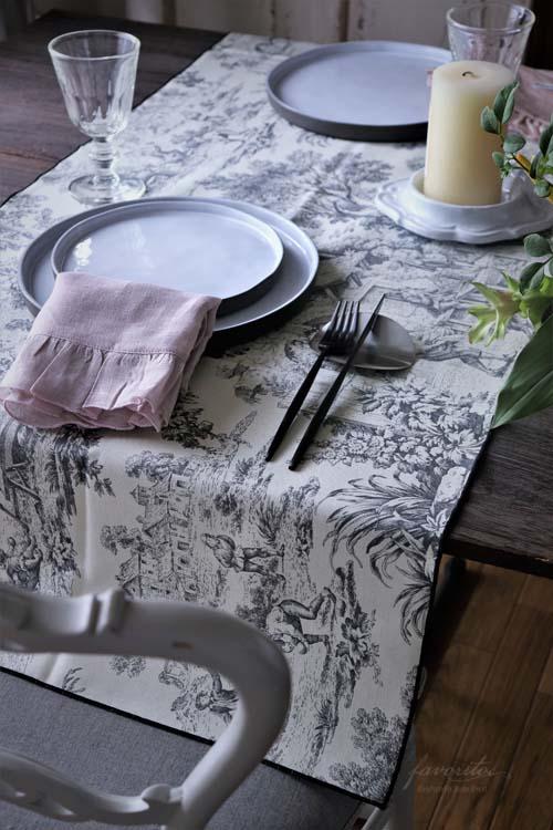 BORGO DELLE TOVAGLIE テーブルランナー'FILO TDJ'