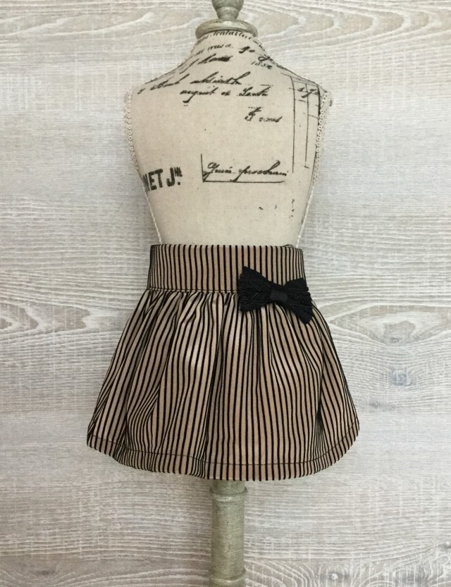 フロッキーストライプスカート