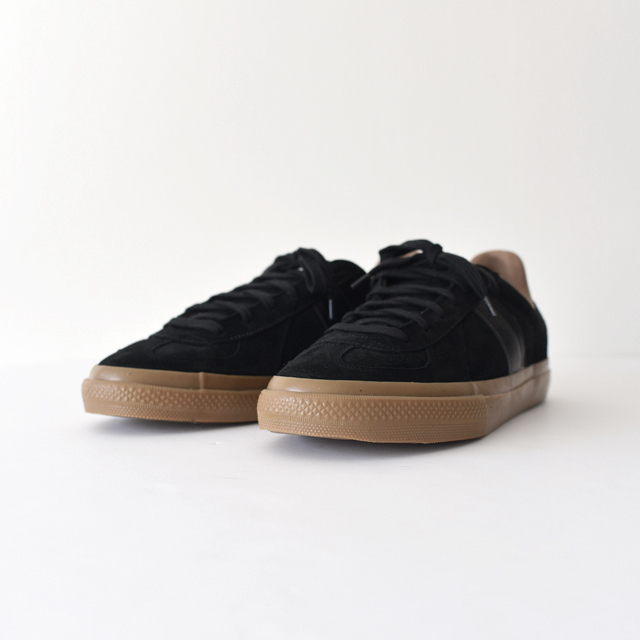 REPRODUCTION OF FOUND - German Trainer SB - Black Suede