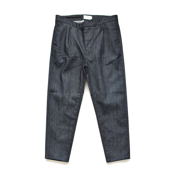 STILL BY HAND - 1tuck Tapered Denim Pants - Navy