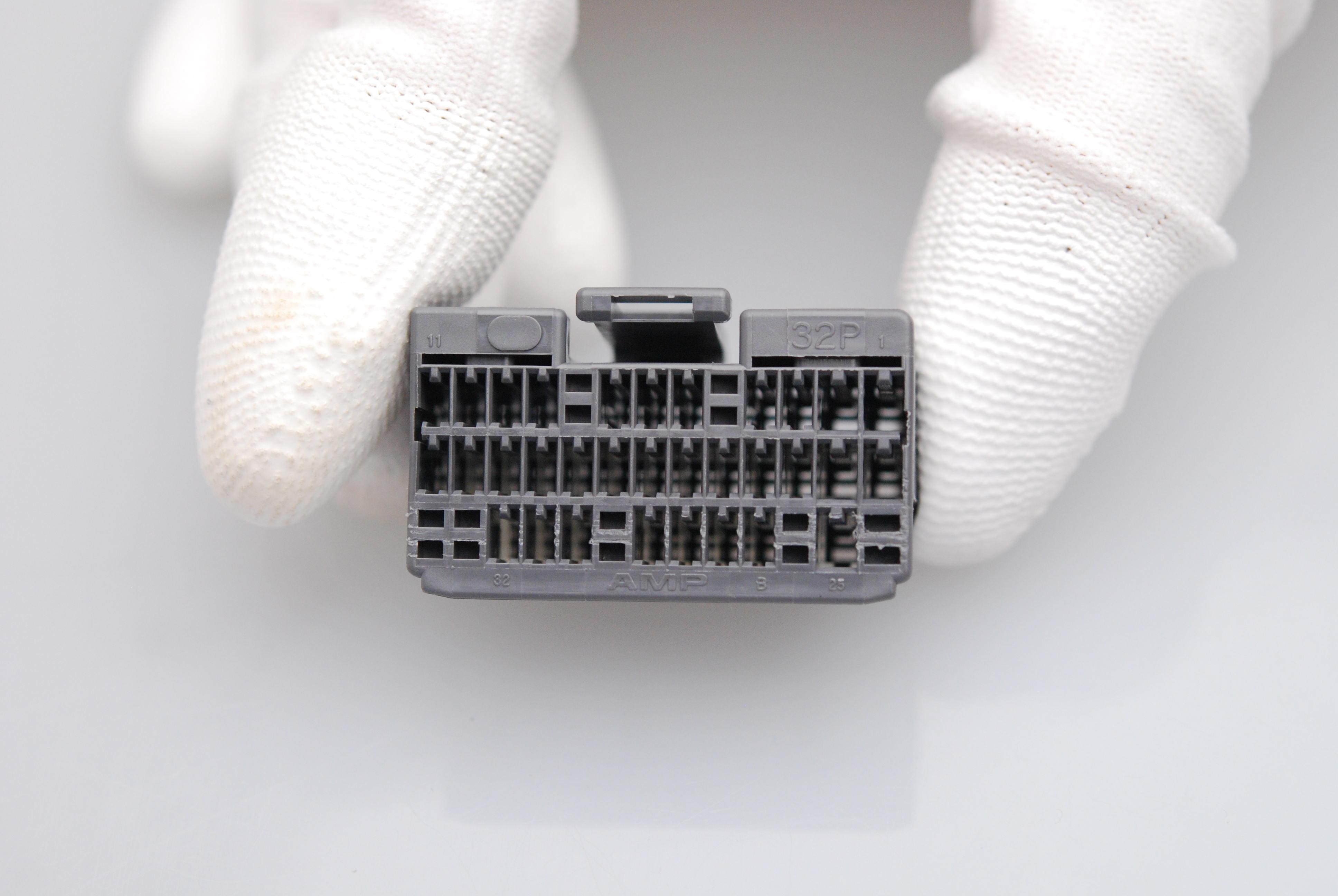 CN11-32P
